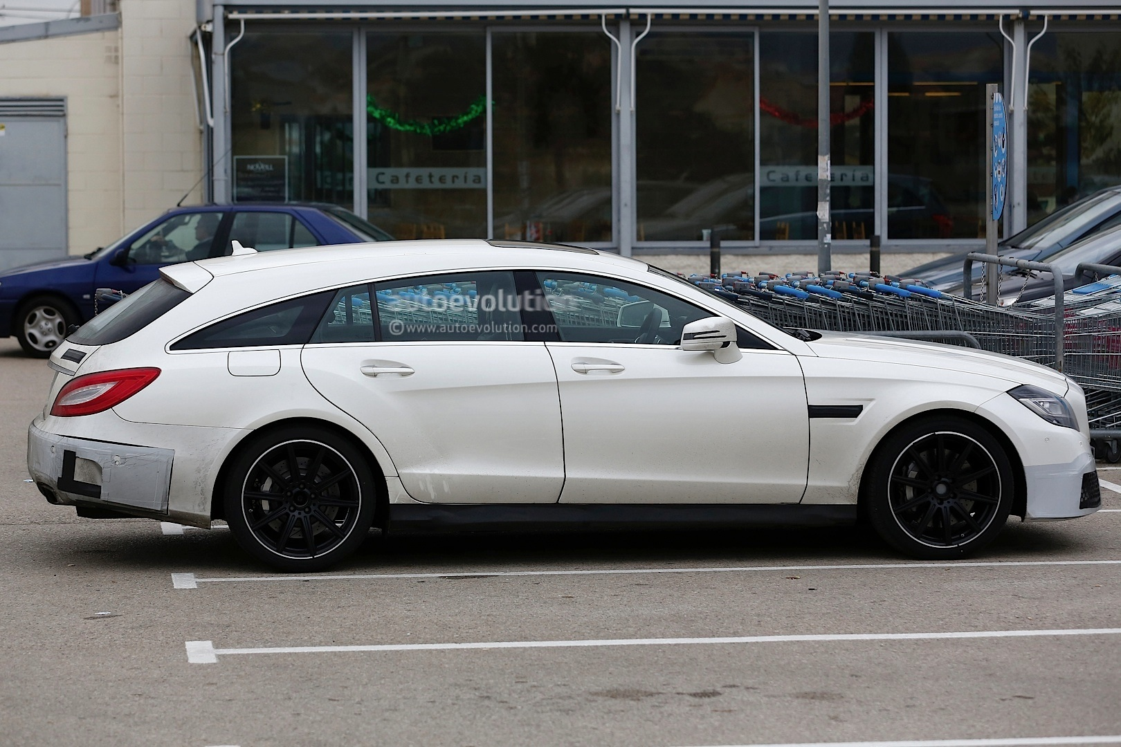 2015 cls 63 amg s model shooting brake facelift spied autoevolution. Black Bedroom Furniture Sets. Home Design Ideas