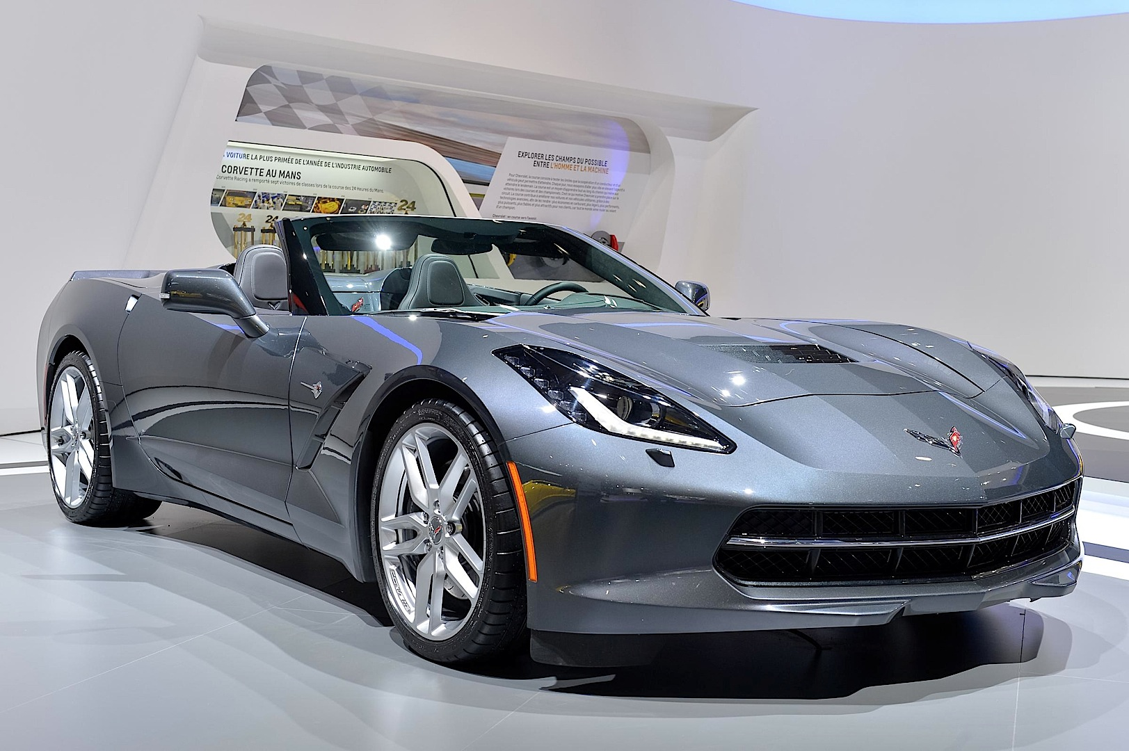 2015 white corvette stingray autos post. Black Bedroom Furniture Sets. Home Design Ideas