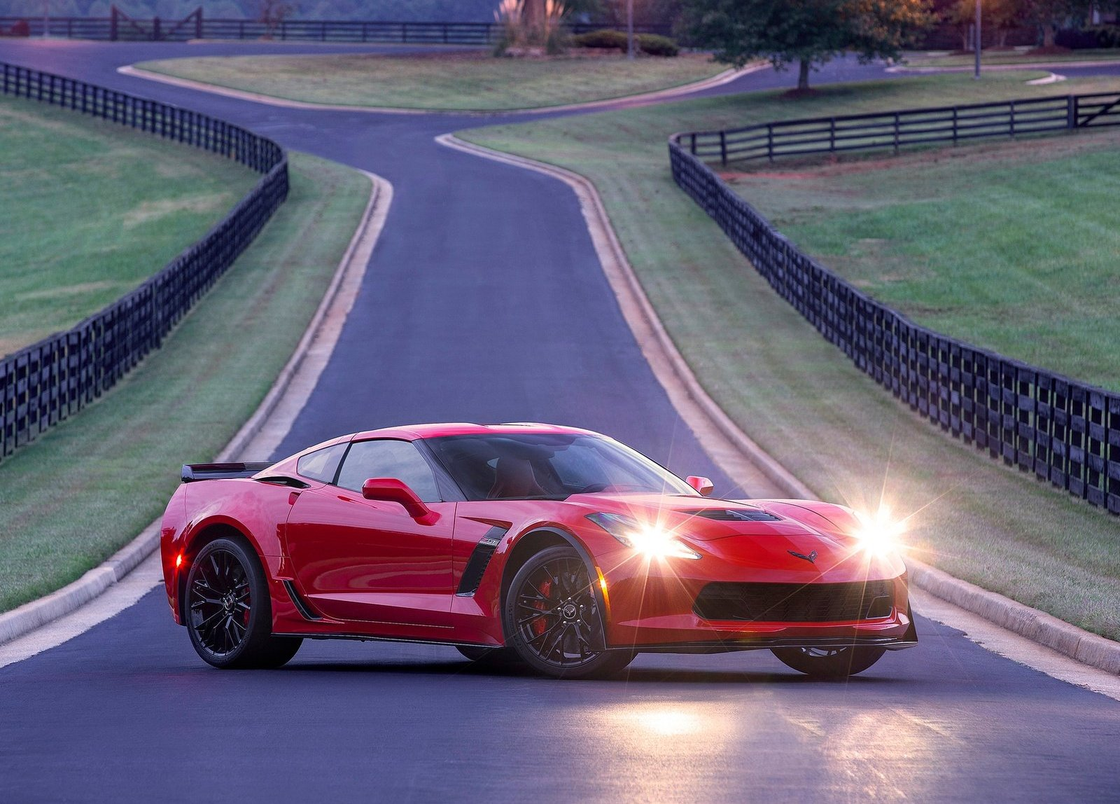 2015 Corvette Z06 vs C6 Corvette ZR1 Dyno Comparison Shows