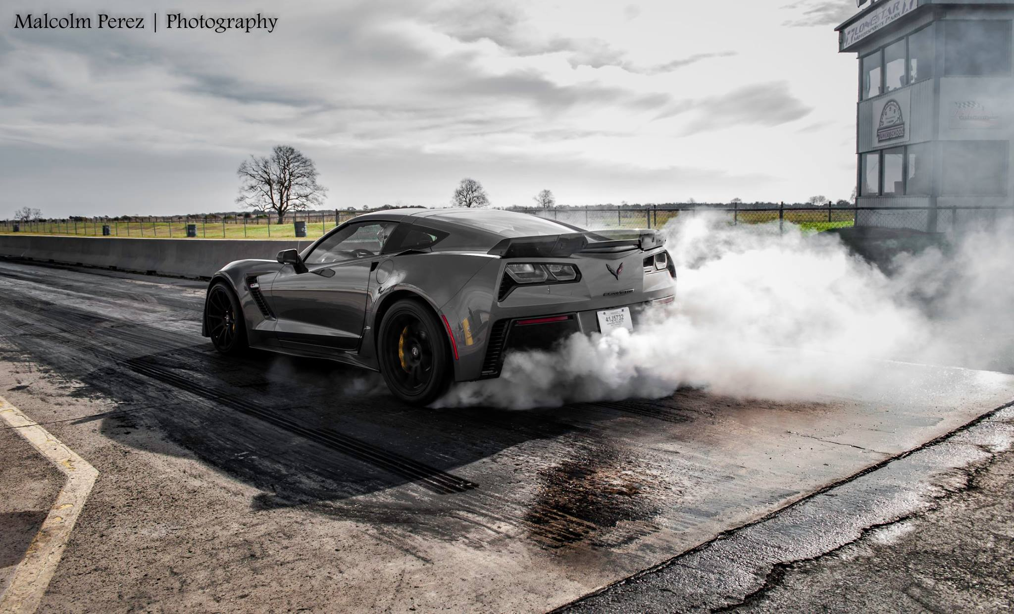 2015 Corvette Z06 Races Challenger Hellcat Viper And