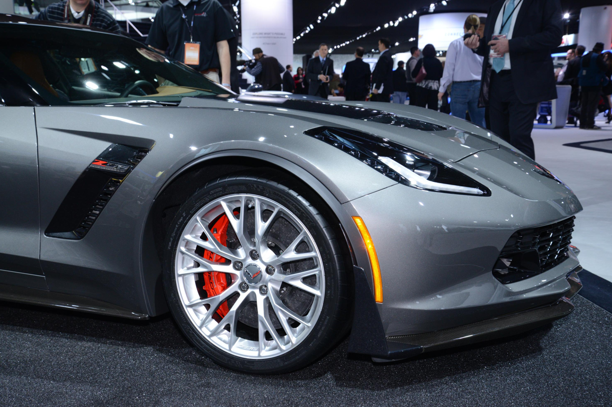 2015 Corvette Z06 Shown In Cyber Gray Metallic At Detroit