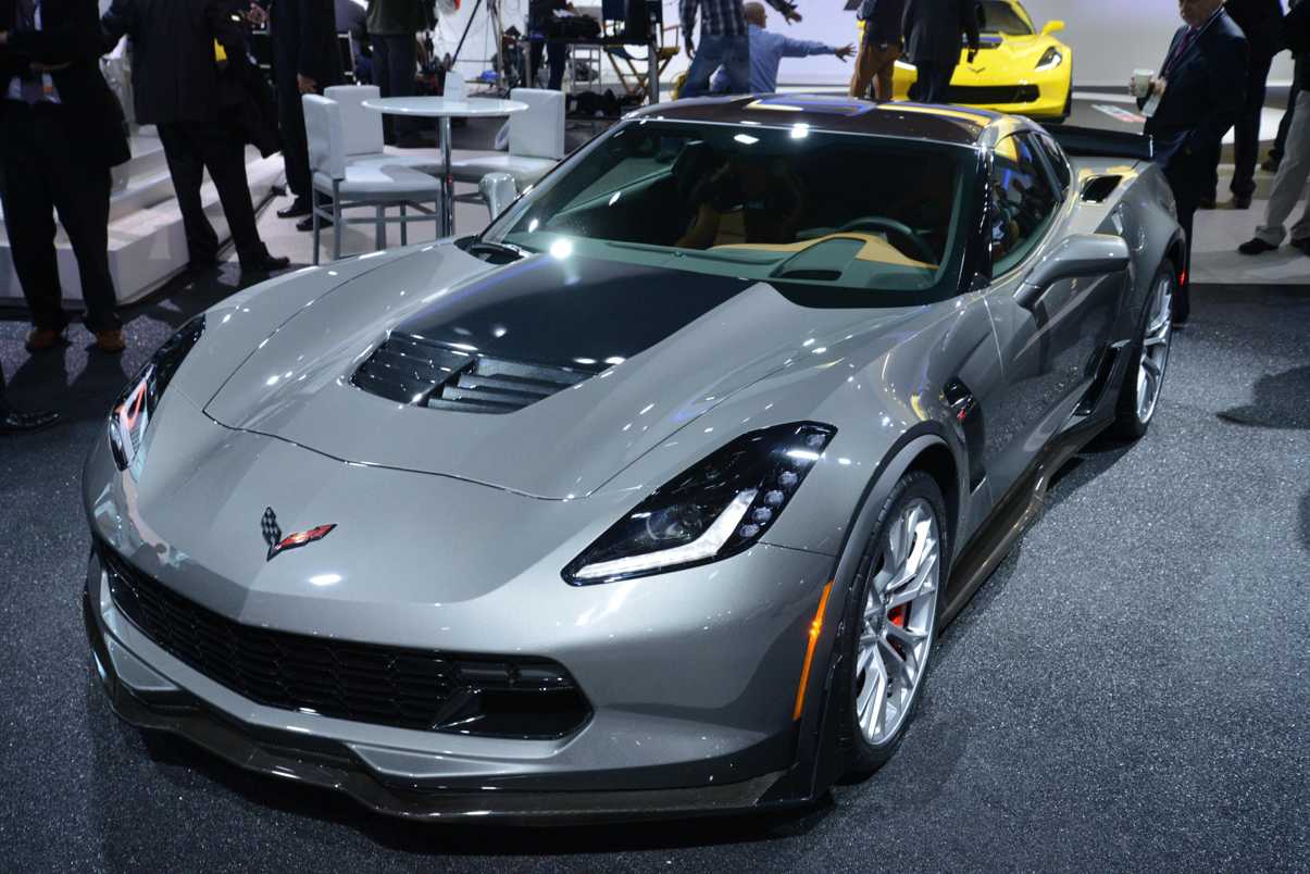 2015 corvette z06 shown in cyber gray metallic at detroit live. Cars Review. Best American Auto & Cars Review