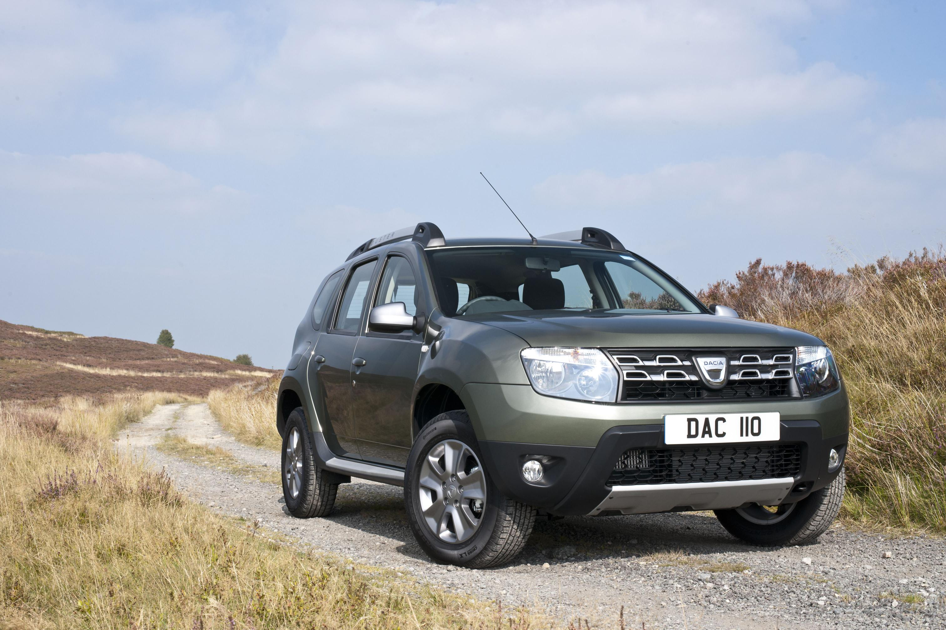2015 dacia duster facelift for uk market unveiled. Black Bedroom Furniture Sets. Home Design Ideas
