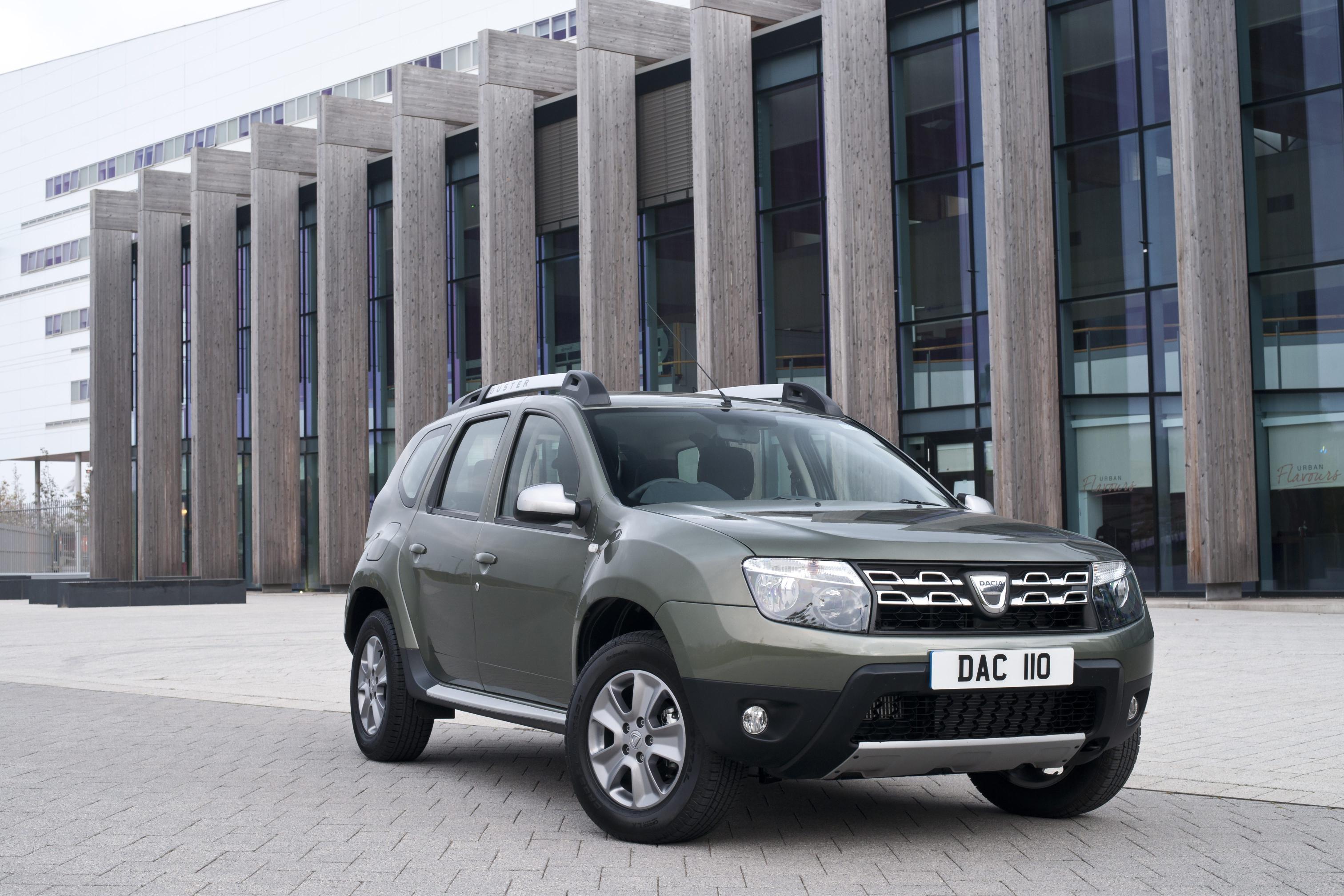 Dacia Duster 2015 : 2015 dacia duster facelift for uk market unveiled autoevolution ~ Medecine-chirurgie-esthetiques.com Avis de Voitures