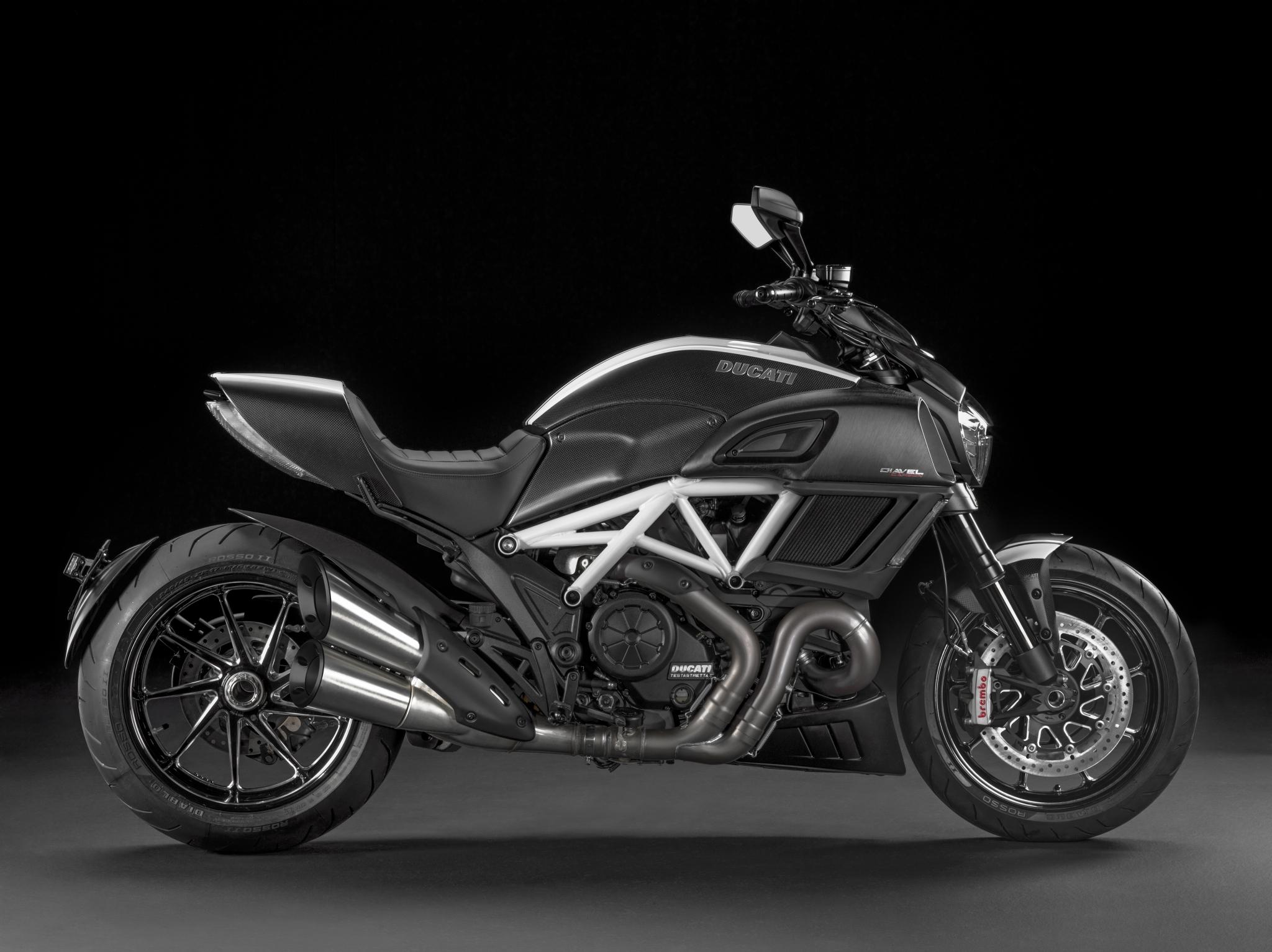 2015 Ducati Diavel Hi Res Picture Galore Autoevolution