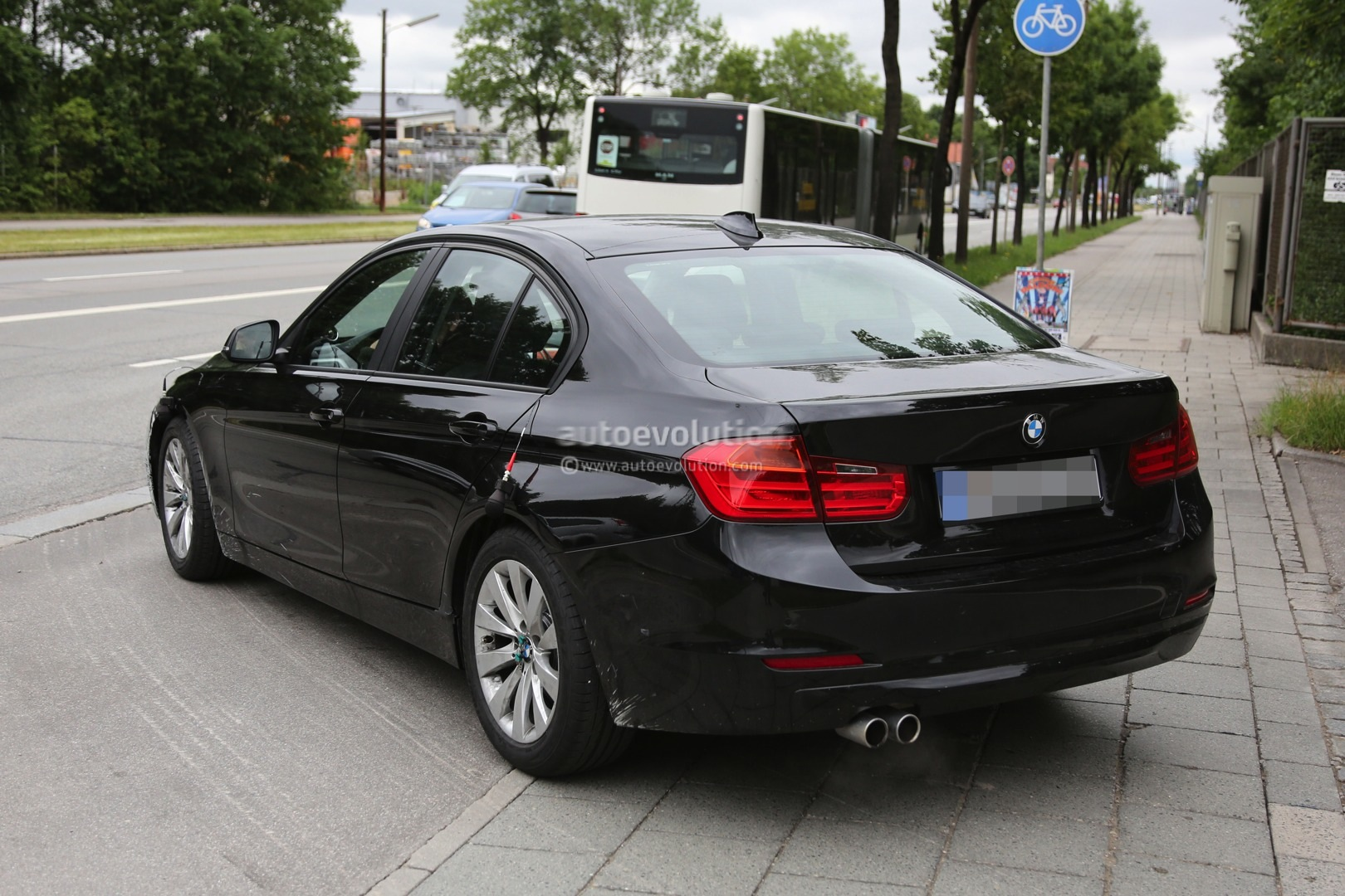 2015 Facelift Bmw 3 Series Sedan And Touring Spied Testing Together