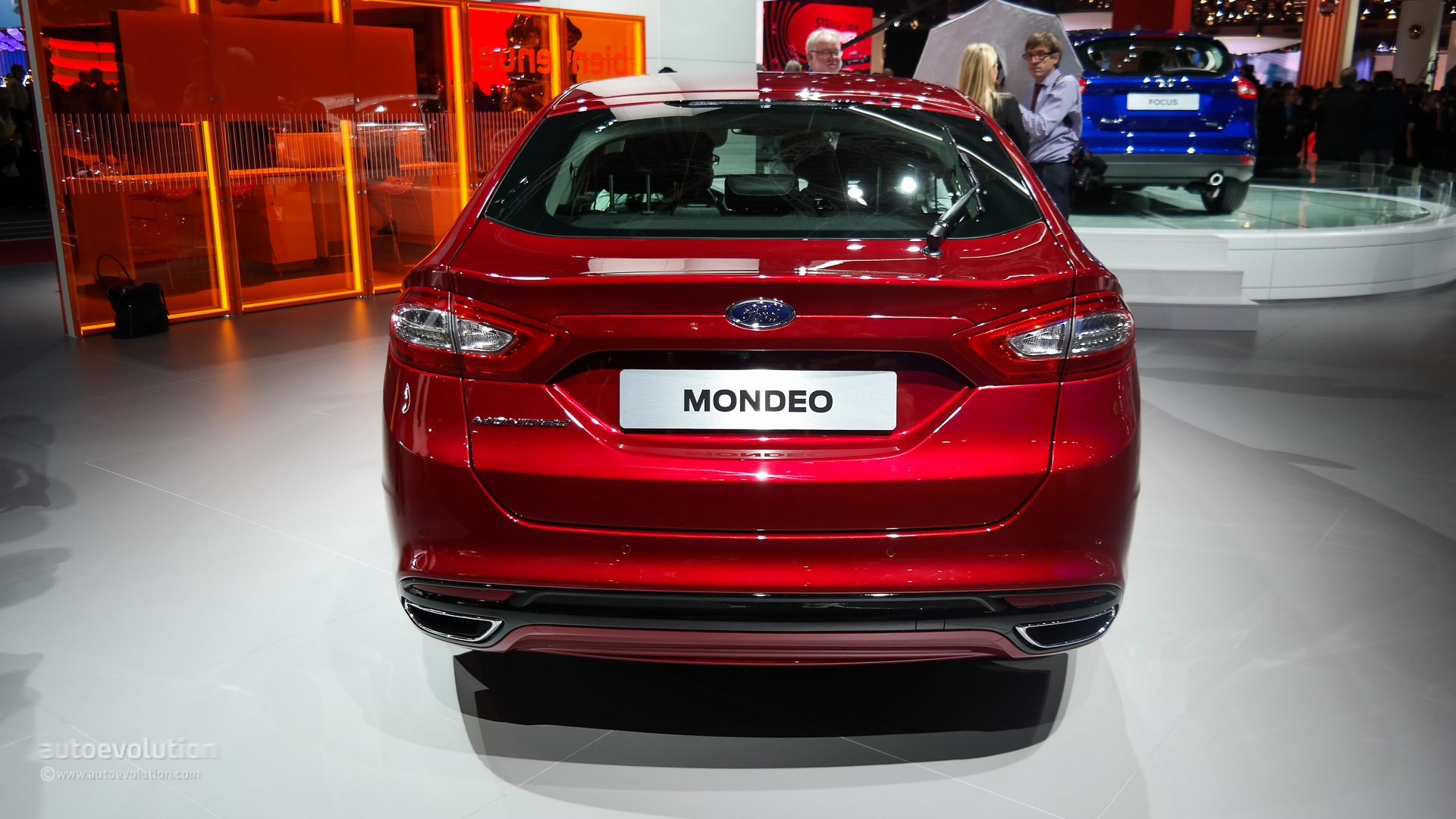 2015 ford mondeo makes world debut at the paris motor show live photos autoevolution. Black Bedroom Furniture Sets. Home Design Ideas