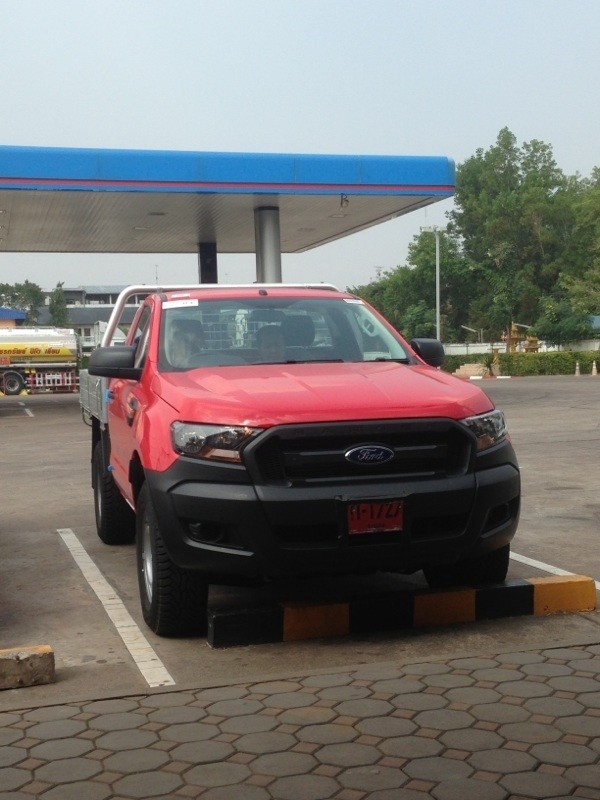 New Ford Ranger Cost >> 2015 Ford Ranger XL Single Cab Chassis Spied in Thailand – Photo Gallery - autoevolution