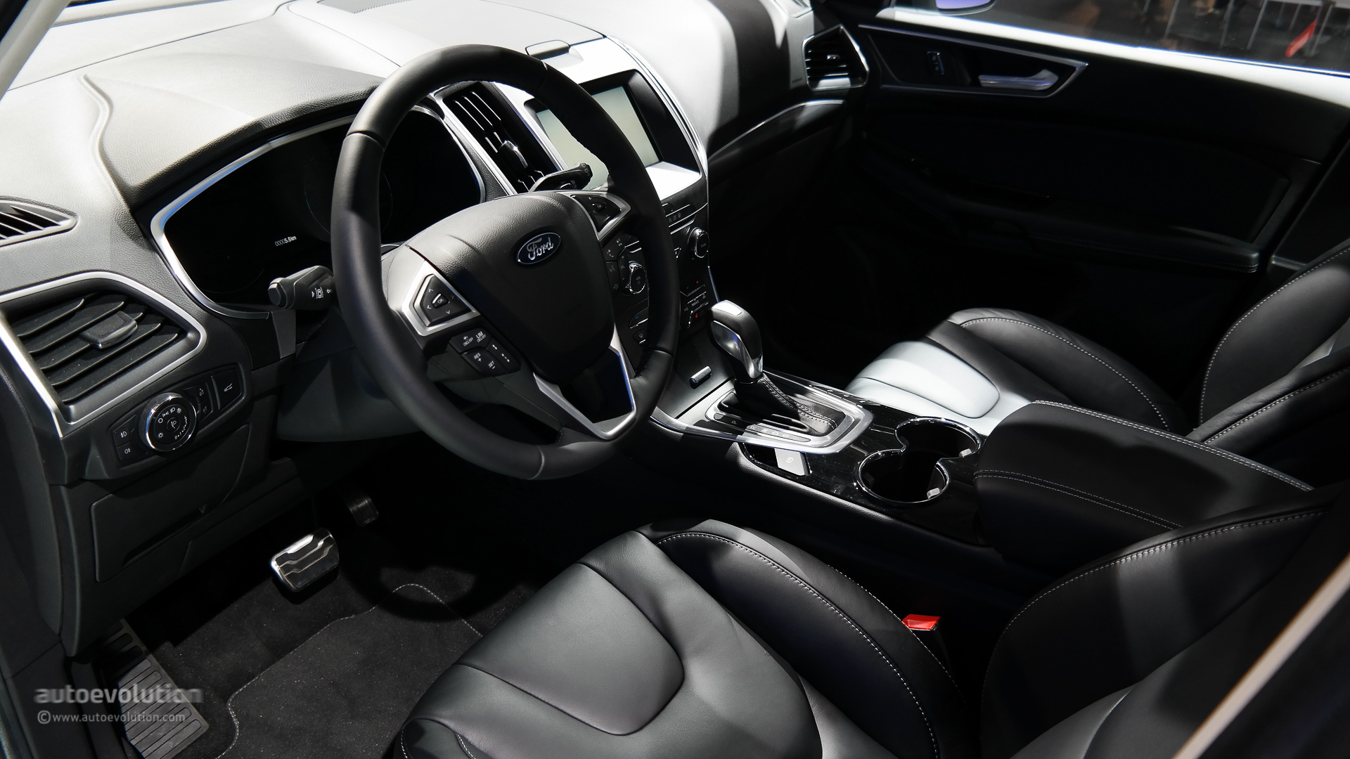 C Max Ford >> 2015 Ford S-Max Is a Posh Family Hauler [Live Photos] - autoevolution