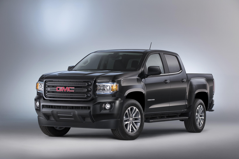 2015 GMC Canyon Nightfall Edition is a Killer-Looking Pickup Truck