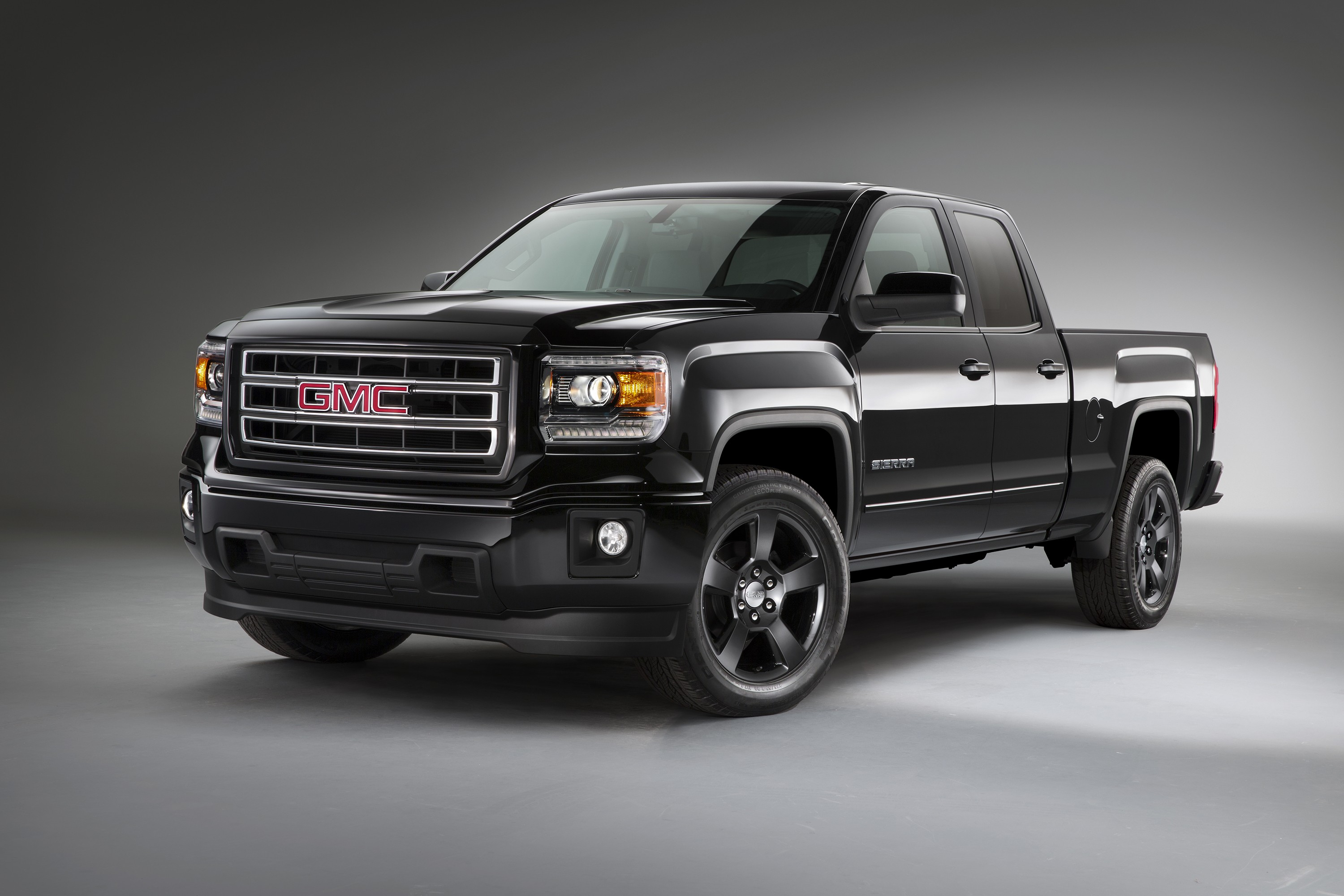 2015 gmc sierra elevation edition priced at 34 865 autoevolution. Black Bedroom Furniture Sets. Home Design Ideas