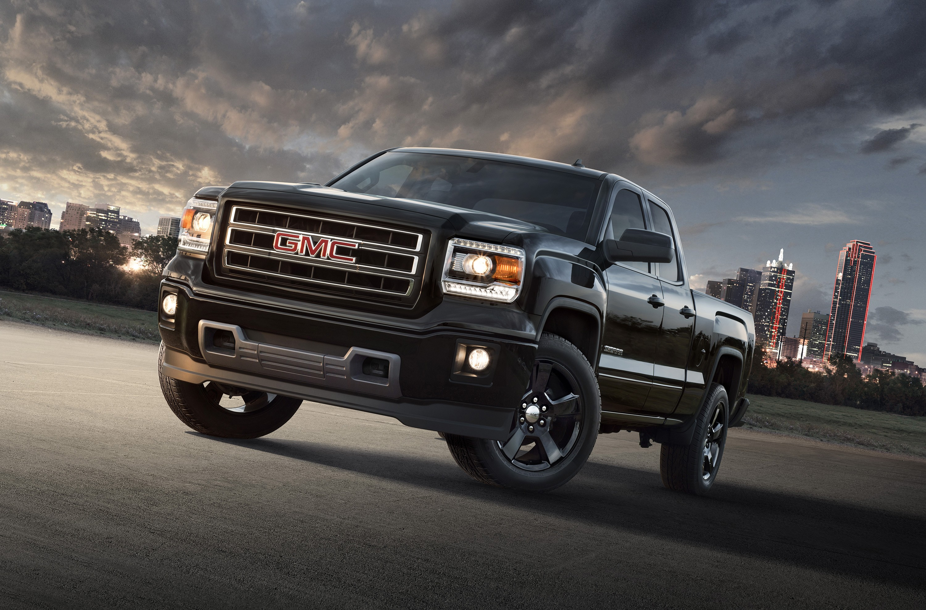 2015 gmc sierra denali gets magnetic ride control. Black Bedroom Furniture Sets. Home Design Ideas