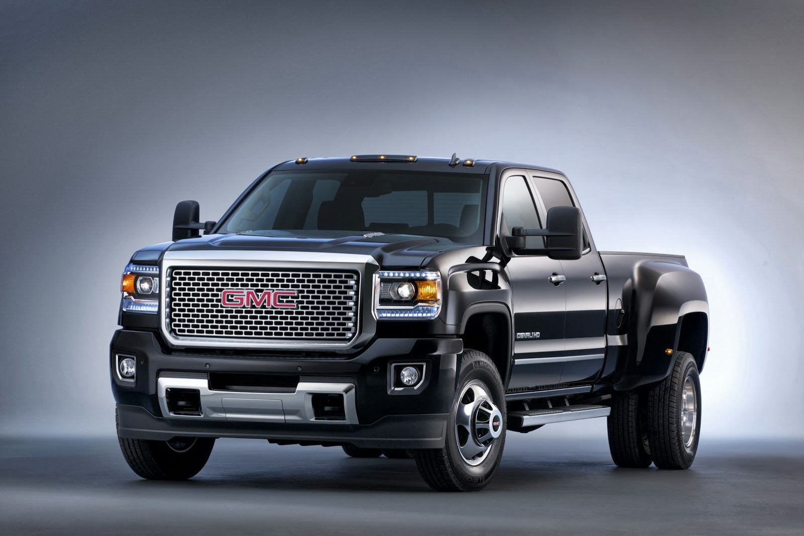 2014 GMC Sierra 1500 Gets 6-inch Lift Kit from Rancho - autoevolution