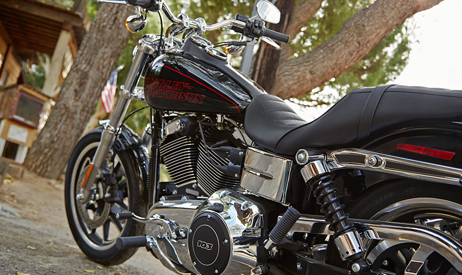 Harley Davidson Dyna Low Rider Looks Fab As Always Photo Gallery on Sportster Ignition Switch