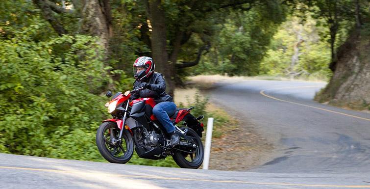 2017 Honda CB300F Review of Specs & Development | Naked