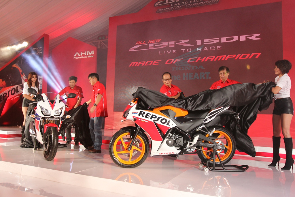 2015 Honda CBR150R Looks Great, Will It Arrive into the Western Markets? - autoevolution