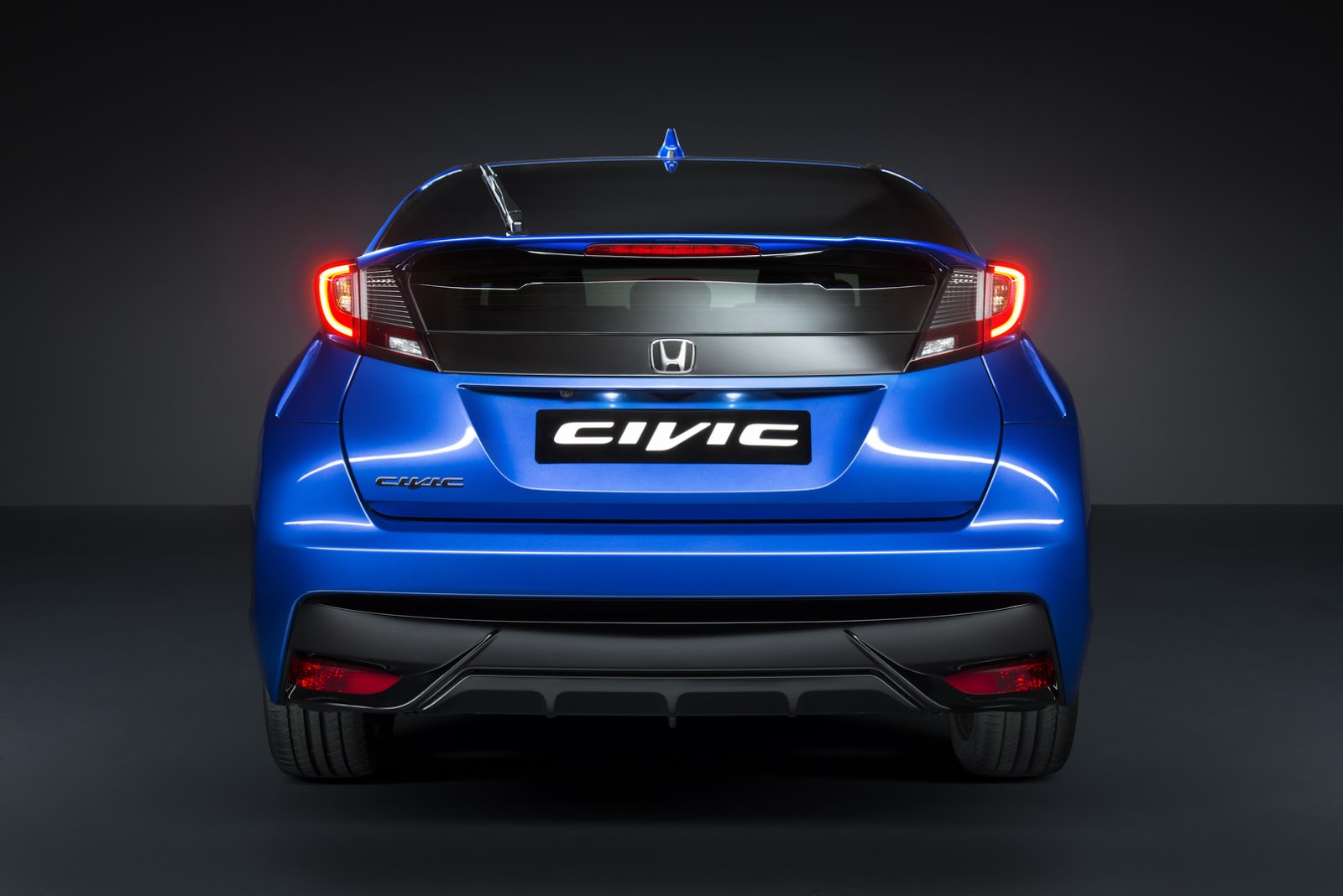 2015 Honda Civic Facelift Unveiled, Including New Sport ...