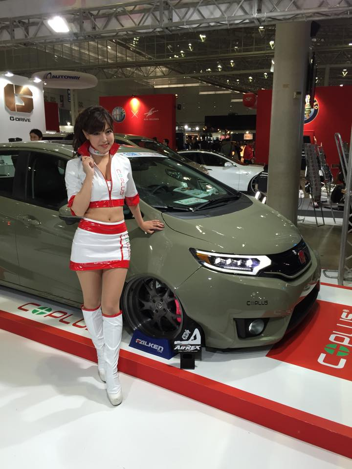 2015 Honda Fit Gets Widebody Kit and Custom LED Lights - autoevolution