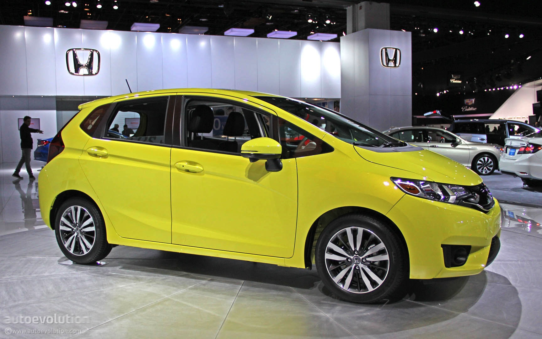 ... 2015 Honda Fit Live Photos ...