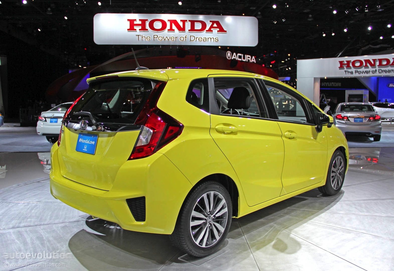 2015 Honda Fit Is a Cool New Urban Car for $15,525 ...