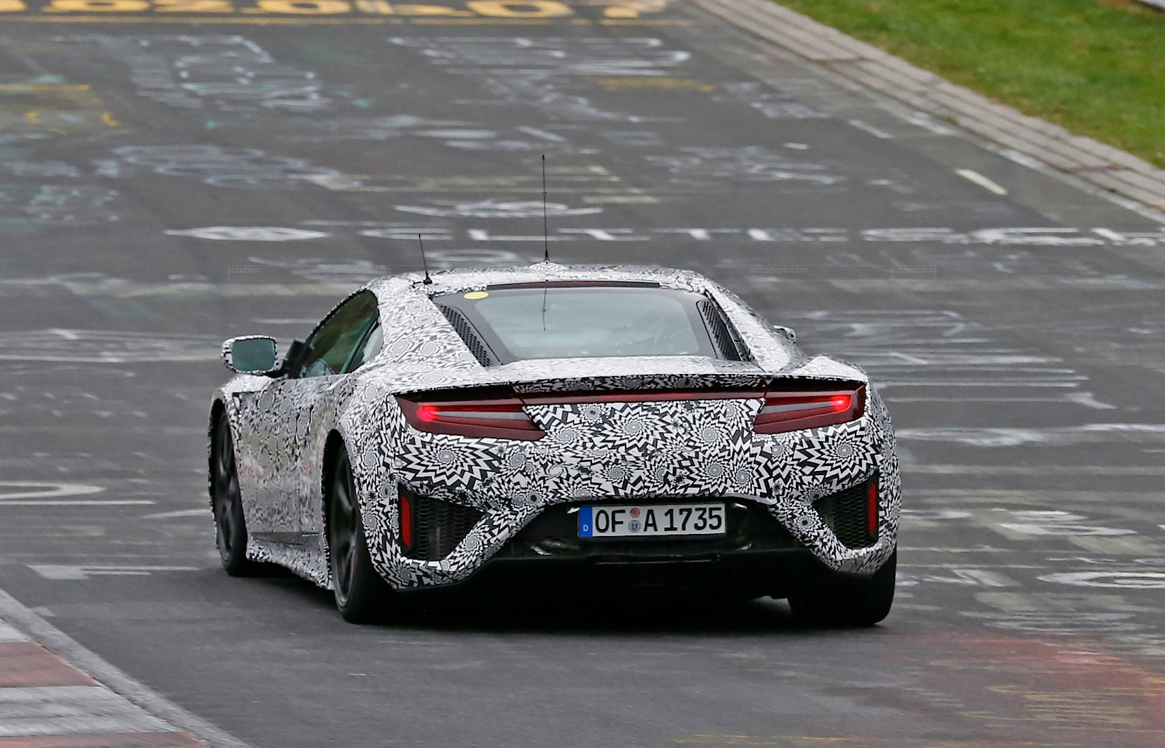 2015 honda nsx spied near the nurburgring yet again autoevolution. Black Bedroom Furniture Sets. Home Design Ideas