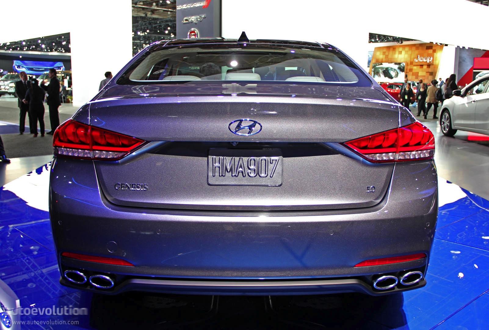 2015 Hyundai Genesis Luxury Sedan Revealed in Detroit ...