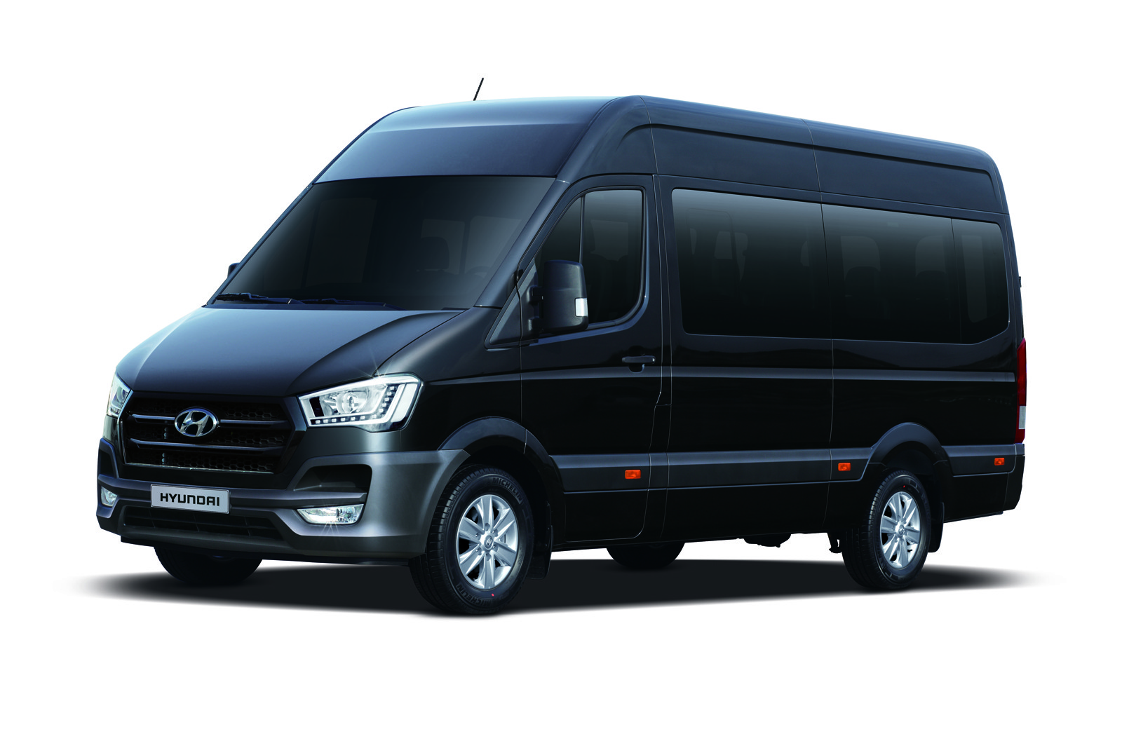 Hyundai H350 is a Ford Transit Look-Alike Made in Turkey ...