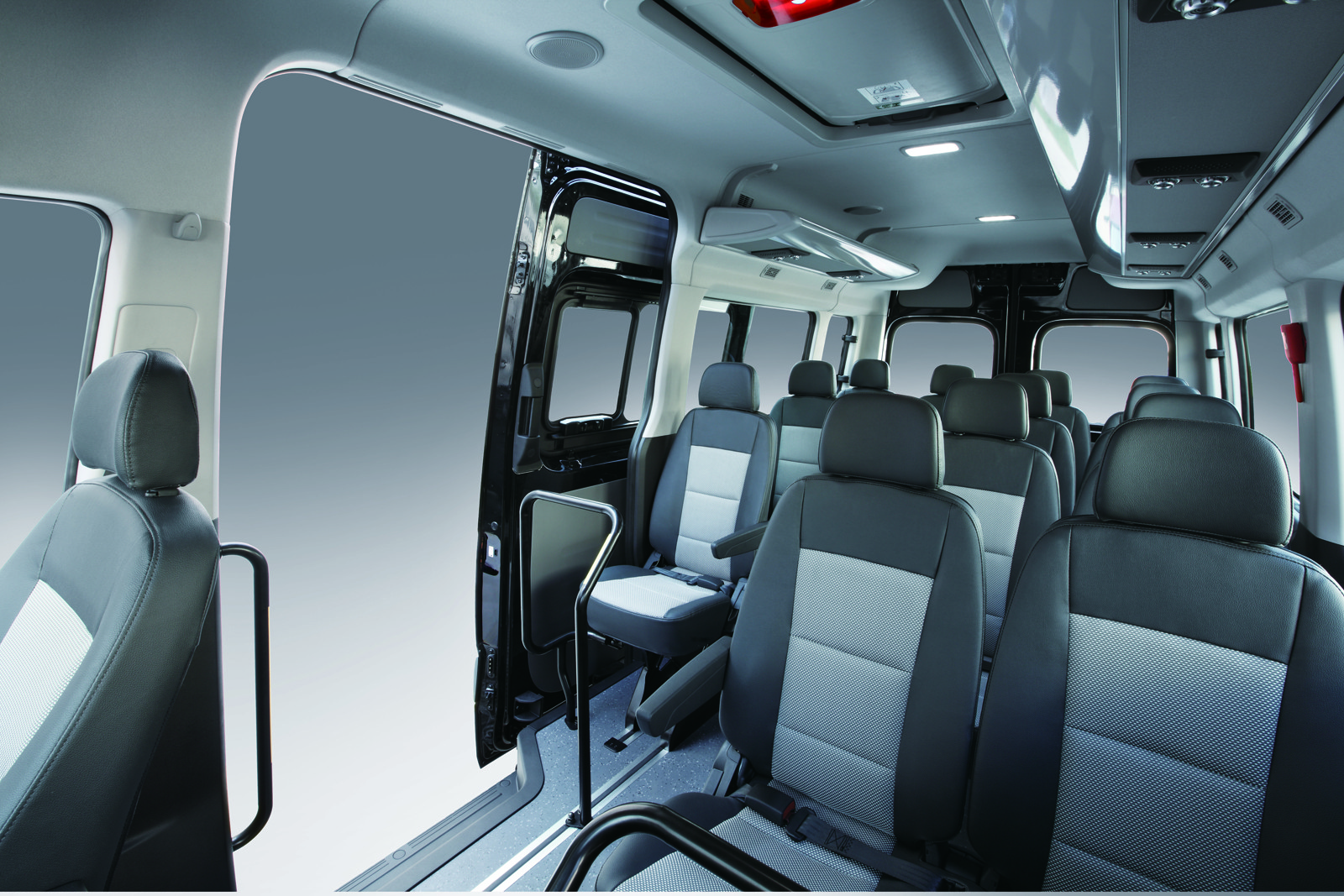 Ford Transit 150 Cargo Van >> Hyundai H350 is a Ford Transit Look-Alike Made in Turkey ...