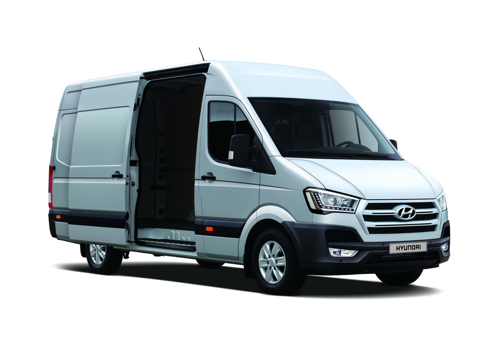 Ford Transit 350 >> Hyundai H350 is a Ford Transit Look-Alike Made in Turkey ...