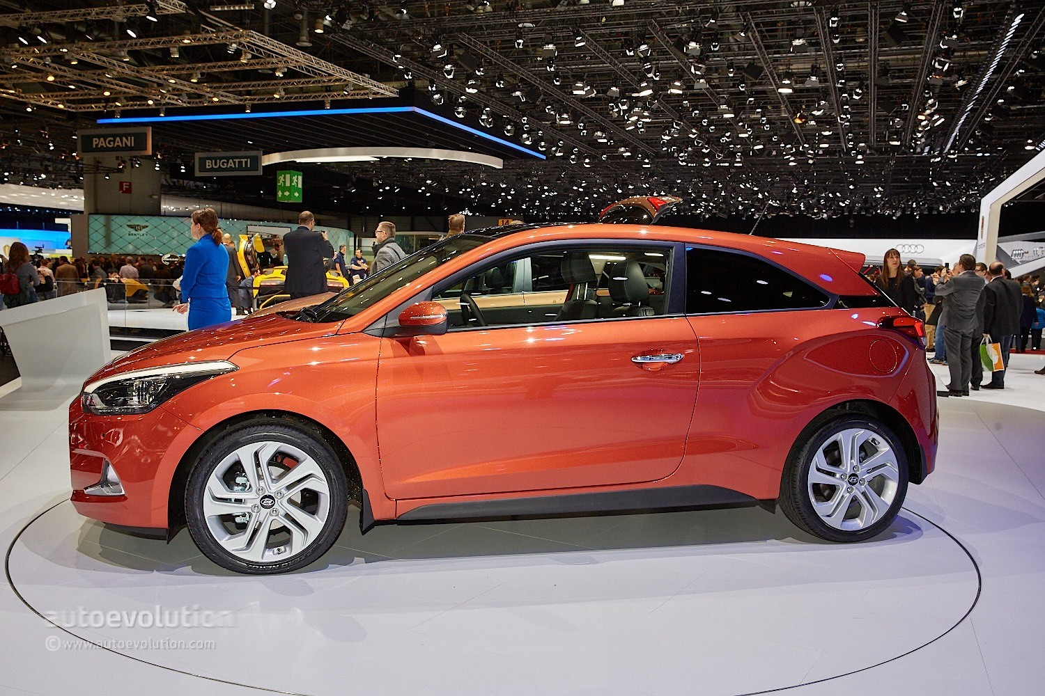 2015 hyundai i20 coupe is the coolest supermini in geneva. Black Bedroom Furniture Sets. Home Design Ideas
