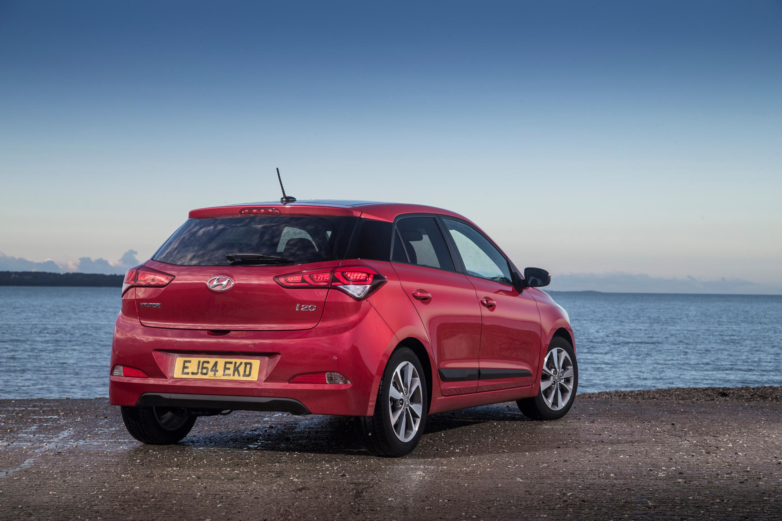 2015 hyundai i20 goes on sale in britain for slightly less than a vw polo autoevolution. Black Bedroom Furniture Sets. Home Design Ideas
