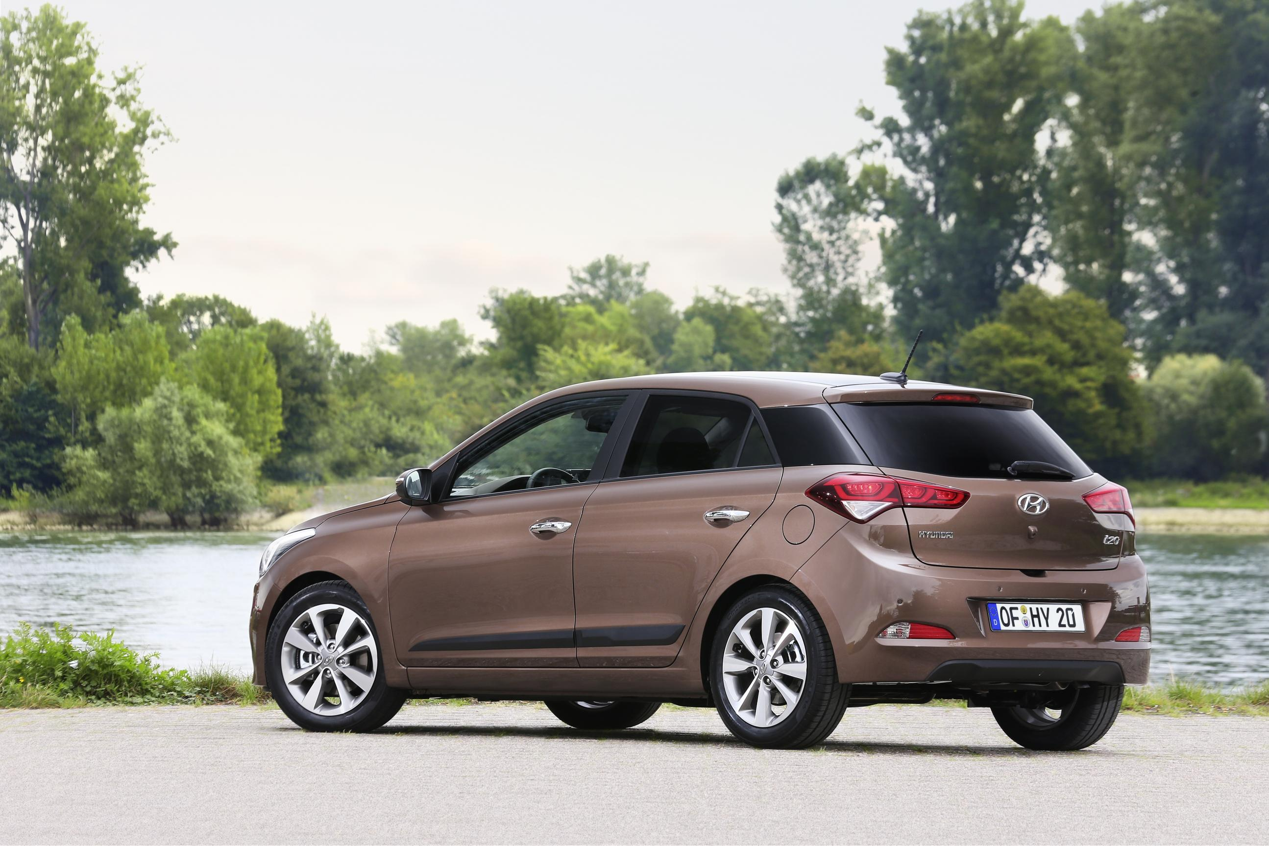 2015 hyundai i20 pricing announced for the united kingdom autoevolution. Black Bedroom Furniture Sets. Home Design Ideas