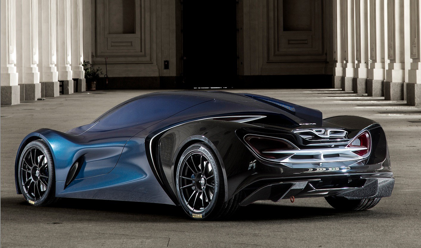 Besides being a hybrid supercar from the future, the Syrma is also
