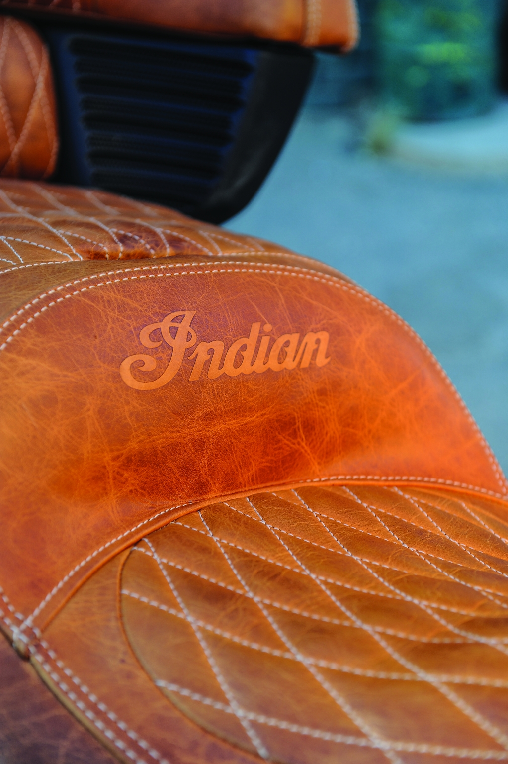 indian xxx roadmaster res tan motorcycle motorcycles desert chief leather seat autoevolution adds