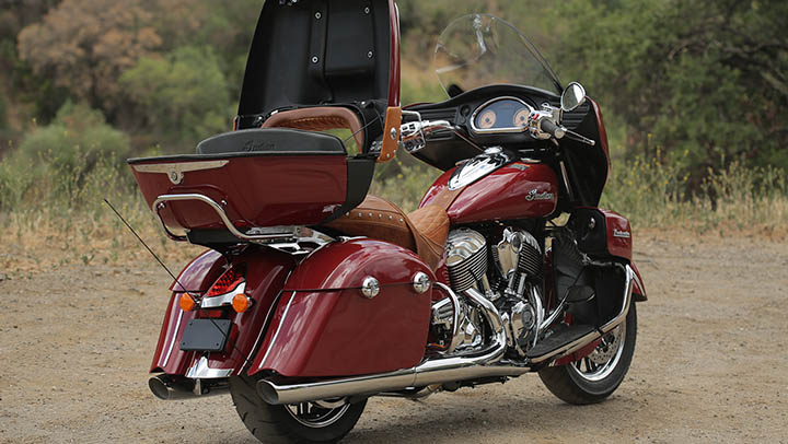 indian roadmaster motorcycle motorcycles master air shows wheels weight frame motorbikes introduces re autoevolution aluminum cast trunk chieftain roads rediff