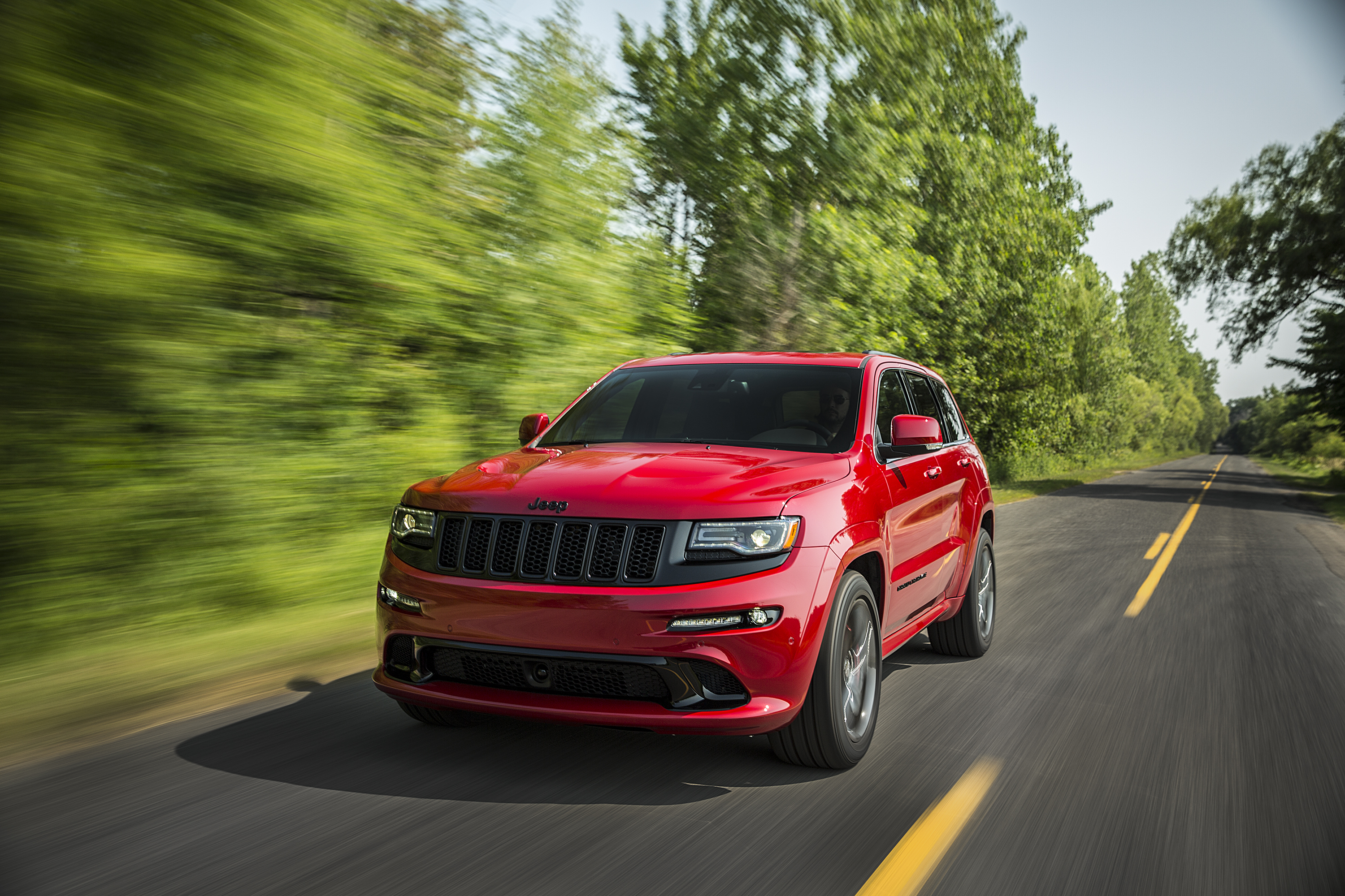 2015 Jeep Grand Cherokee Srt Is No Hellcat Autoevolution
