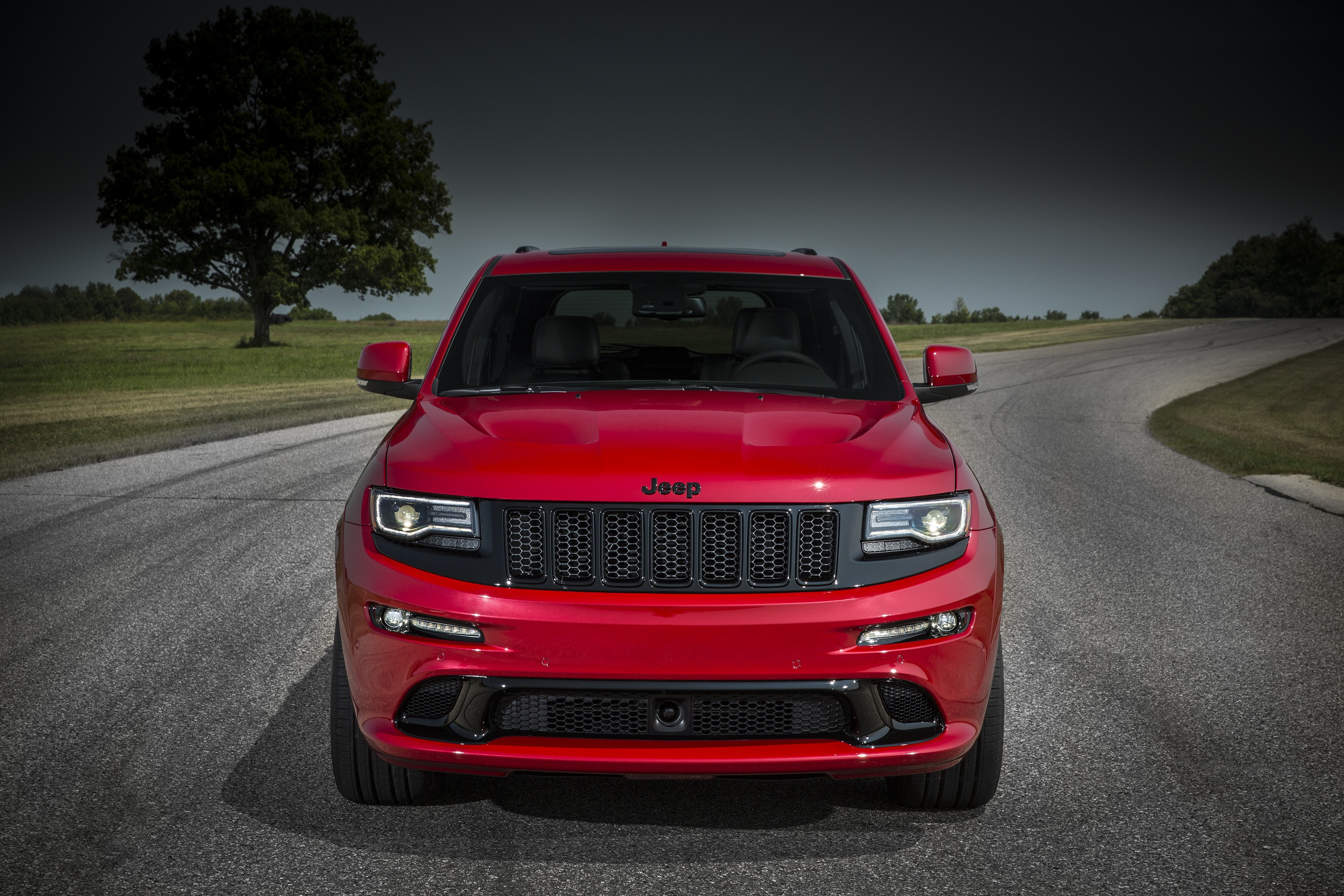 2015 Grand Cherokee Srt >> 2015 Jeep Grand Cherokee SRT Red Vapor Now Available to Order in the UK - autoevolution
