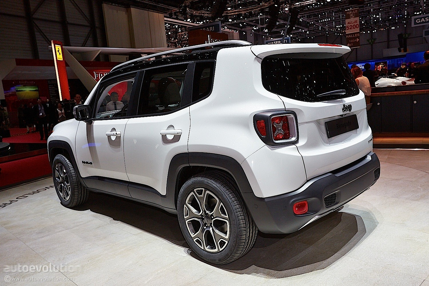 2015 jeep renegade 17 995 is more expensive than the. Black Bedroom Furniture Sets. Home Design Ideas