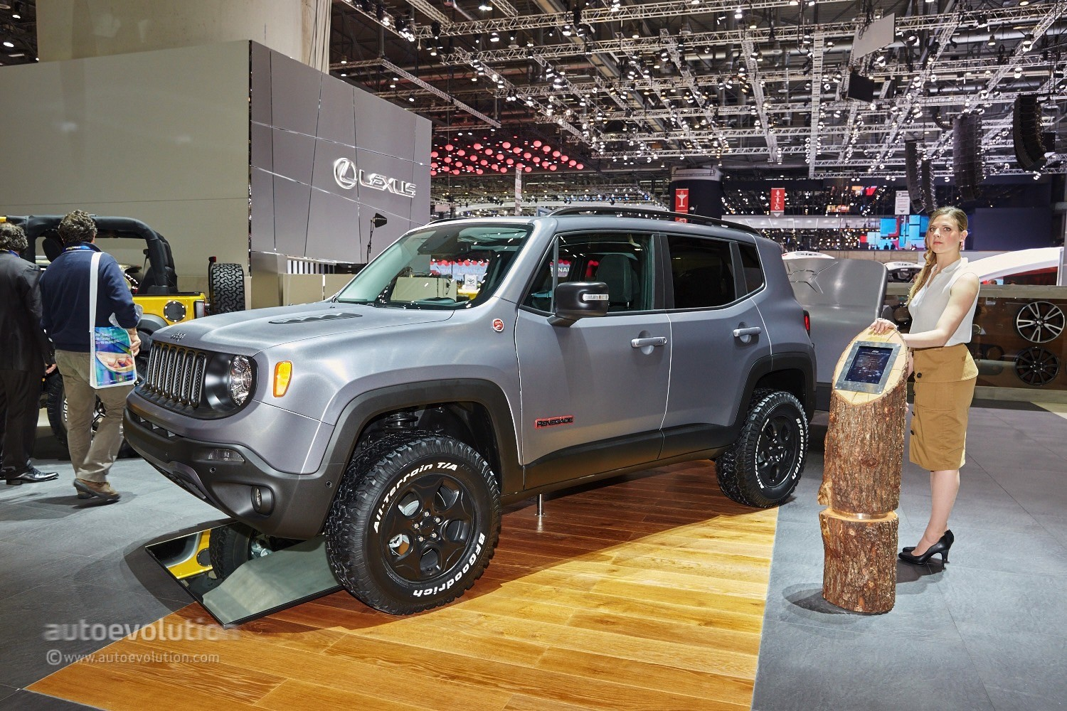 2015 jeep renegade gets the hard steel treatment in time