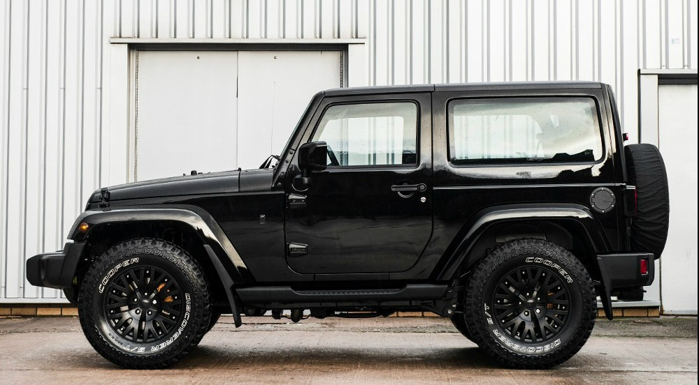2015 jeep wrangler sahara black hawk edition by kahn design is urban chic autoevolution. Black Bedroom Furniture Sets. Home Design Ideas