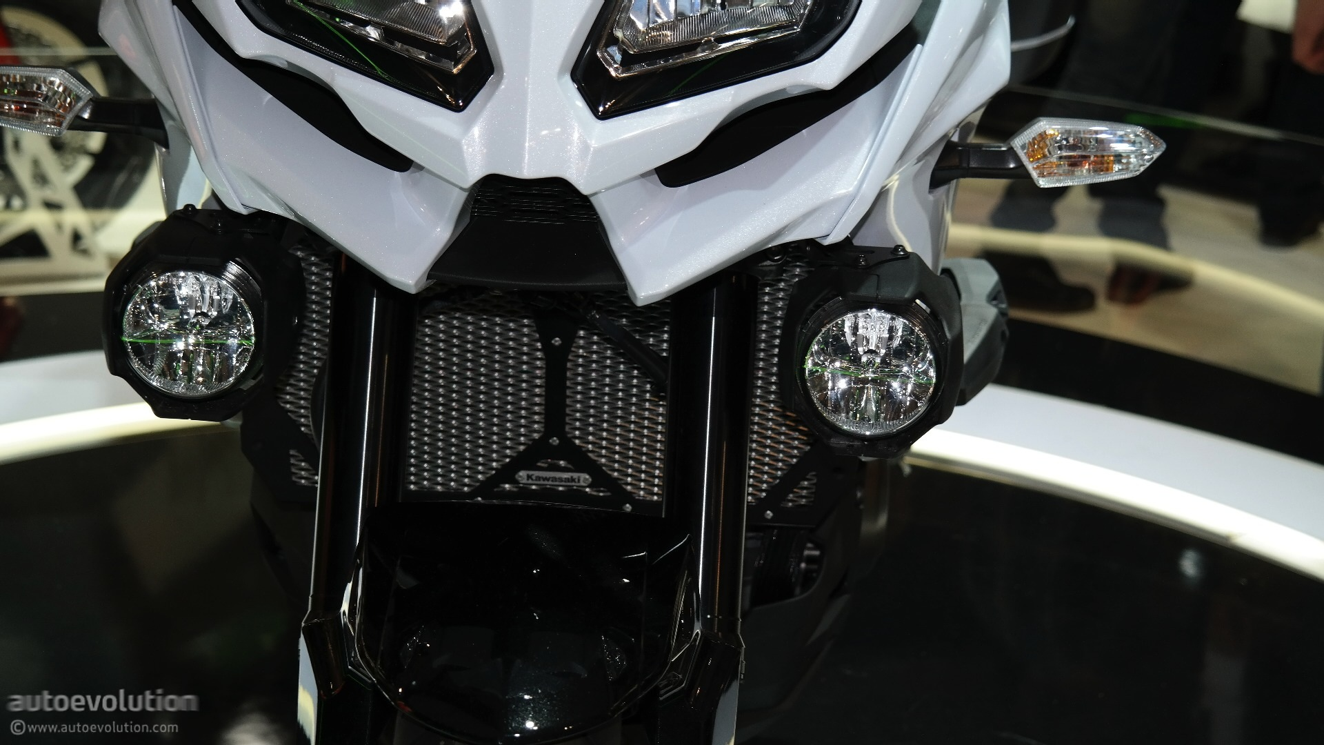 Eicma 2015 kawasaki versys 1000 might not be exactly what you 39 re looking for live photos