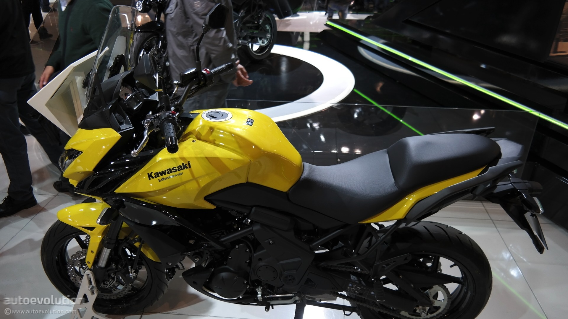 2015 Bmw 750li >> 2015 Kawasaki Versys 650 Looks Better in Real Life at EICMA 2014 [Live Photos] - autoevolution
