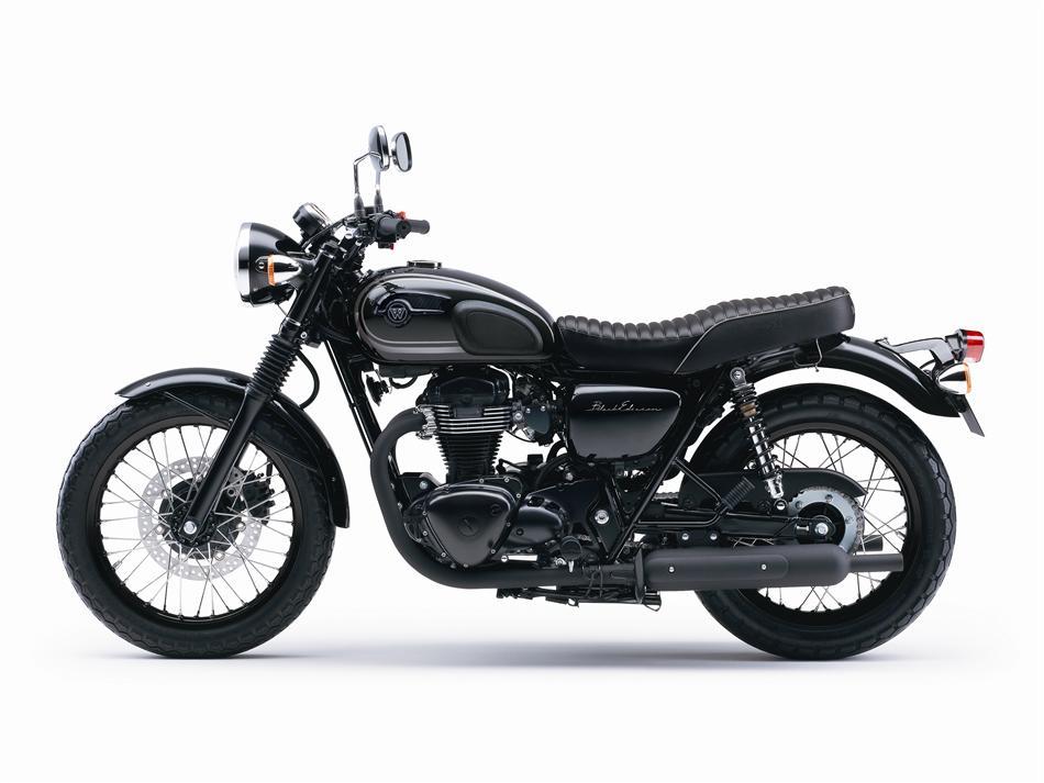 2015 Kawasaki W800 Black Edition Is As Elegant As It Gets