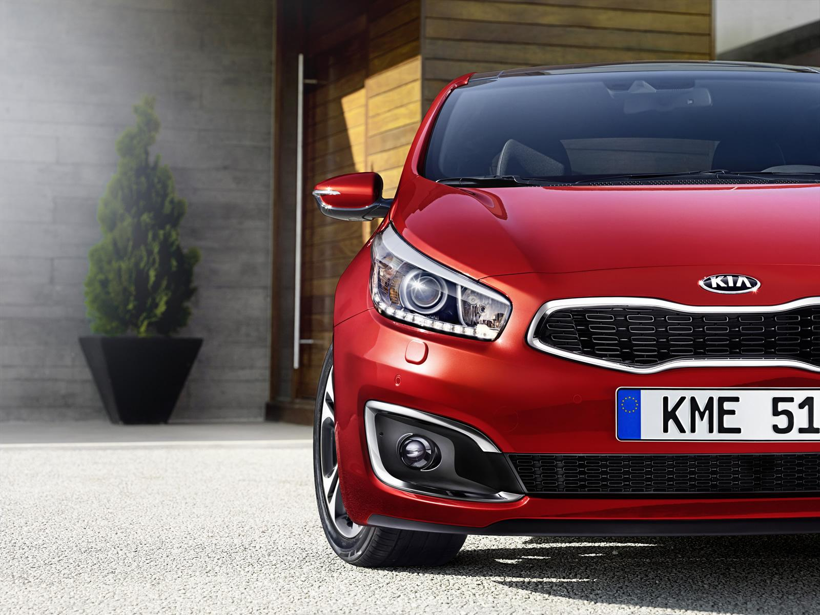 2015 kia cee d facelift shows itself ahead of iaa debut autoevolution. Black Bedroom Furniture Sets. Home Design Ideas