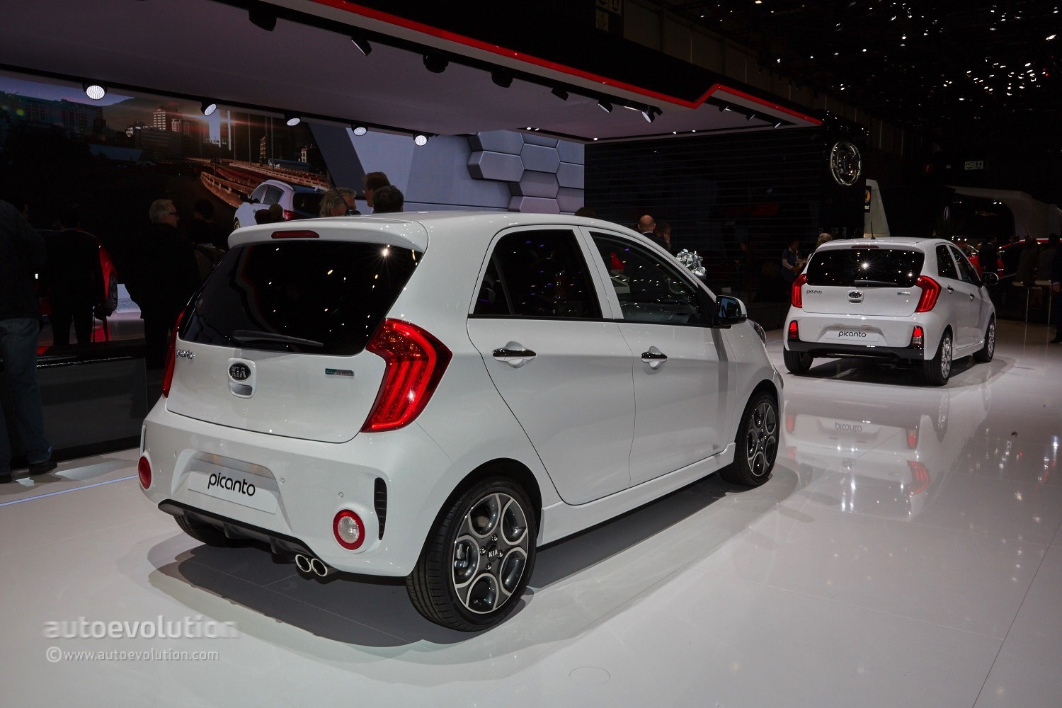 2015 Kia Picanto Facelift Arrived In Geneva With A Fixed