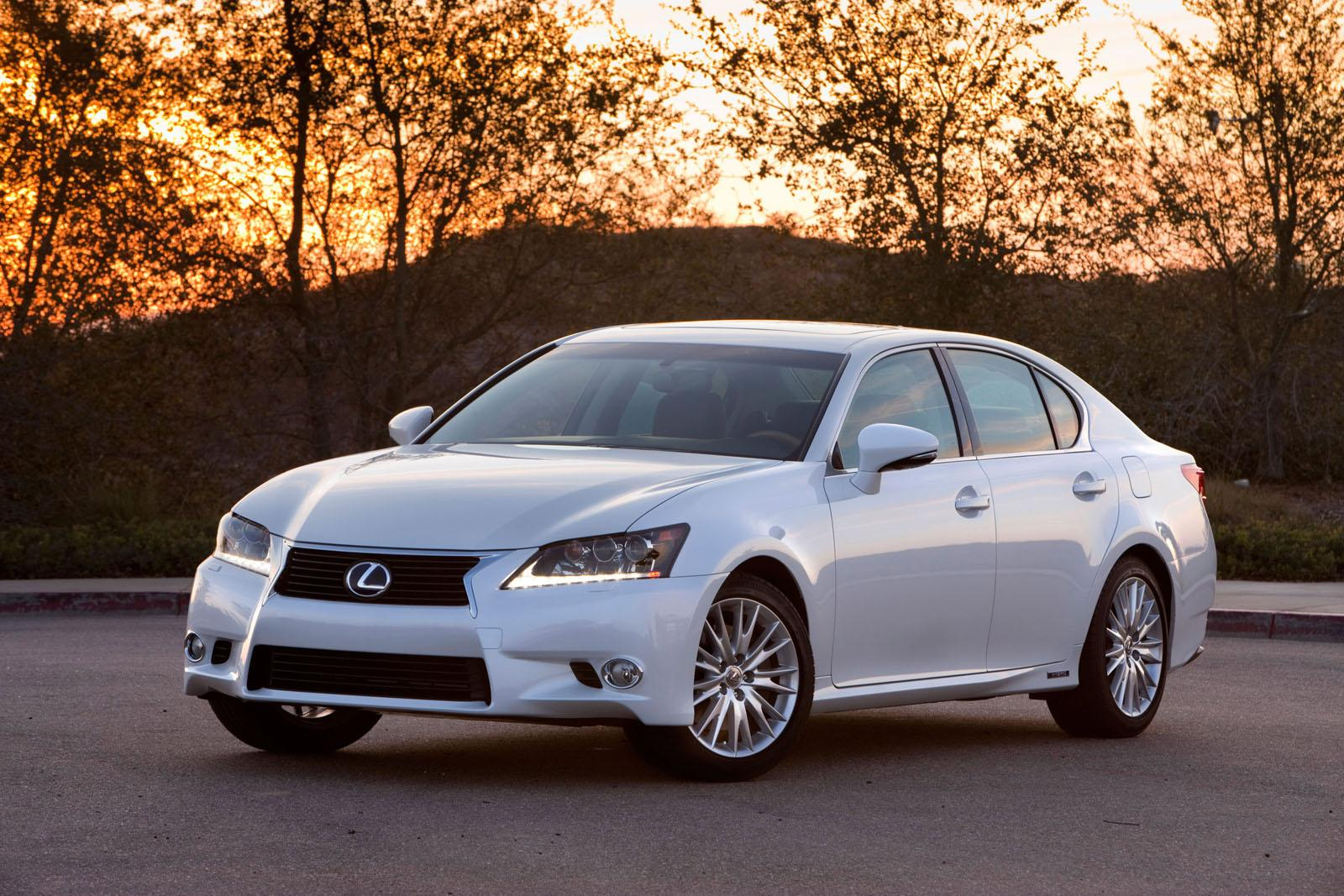 2015 lexus gs 450h adds f sport styling performance autoevolution. Black Bedroom Furniture Sets. Home Design Ideas