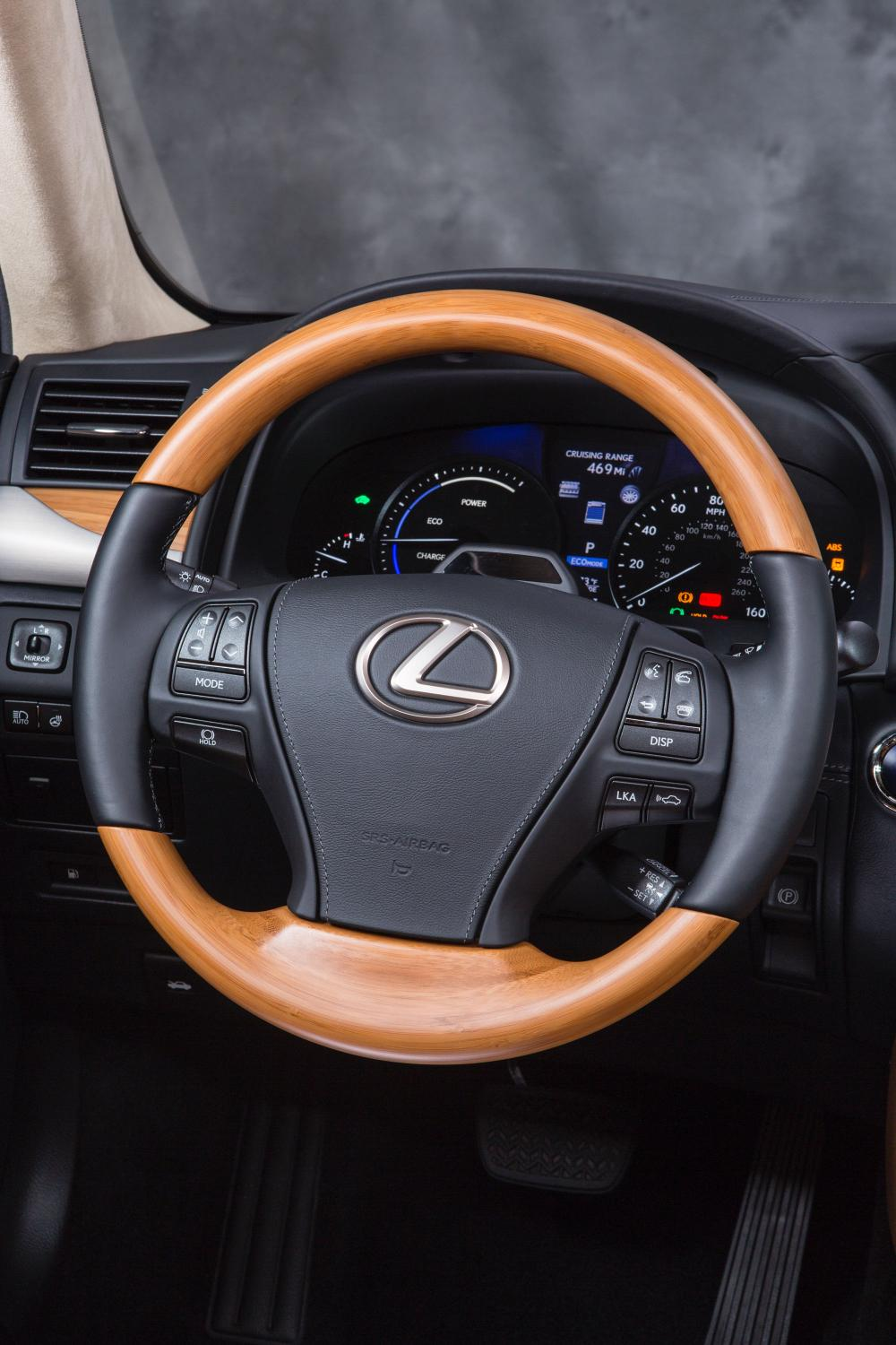 2015 lexus ls coming with improved infotainment and. Black Bedroom Furniture Sets. Home Design Ideas