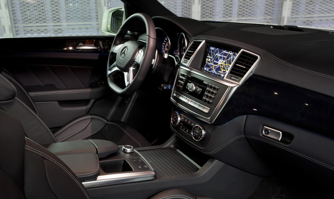 2015 m class w166 facelift interior borrows some porsche for 2017 mercedes benz ml500 price