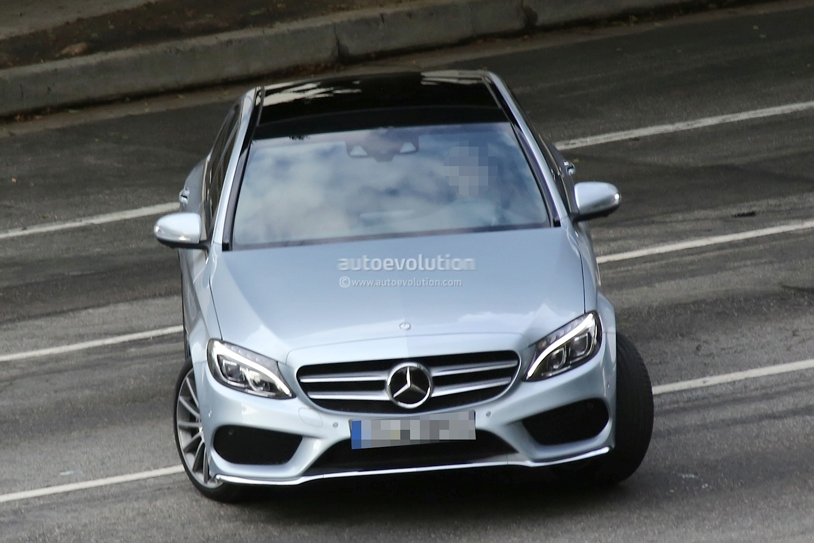 2015 mercedes benz c 200 w205 versus 2014 c 200 w204 for Mercedes benz w205