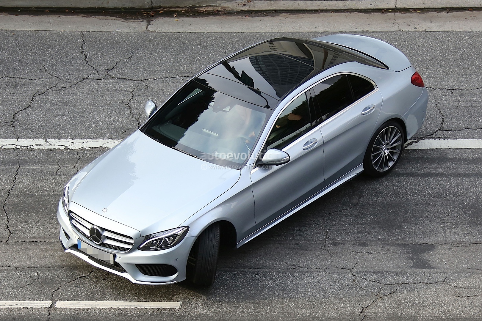 2015 Mercedes-Benz C 220 BlueTec W205 vs 2014 C 220 CDI W204